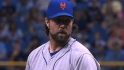 Dickey, Mets still negotiating
