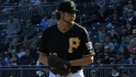 Grilli re-signs with Pirates