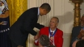 Musial receives Medal of Freedom
