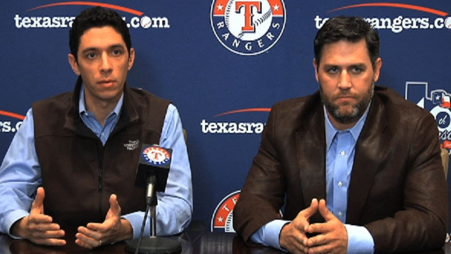 Berkman lets Rangers take time with Profar, Olt