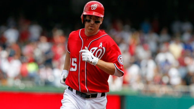 Nationals re-sign LaRoche to two-year contract