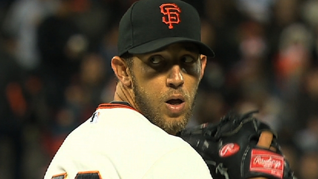 Bumgarner works five crisp innings vs. Reds