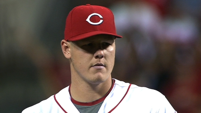 Latos fans six, Choo homers as Cincy tops LA