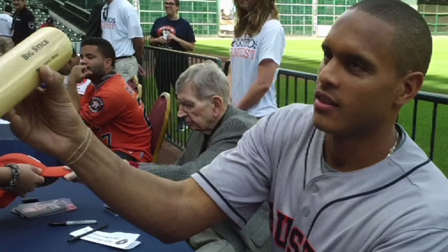 FanFest has Astros excited to get to Spring camp