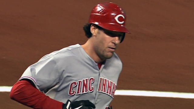 Reds romp against Votto-less Team Canada