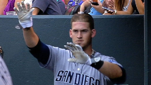 Grandal issues apology to Padres for suspension