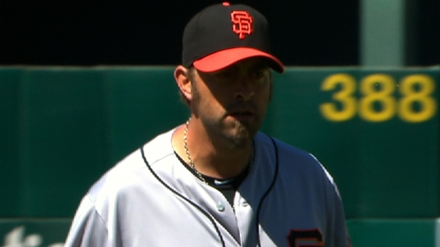 Affeldt to pitch against hitters before return