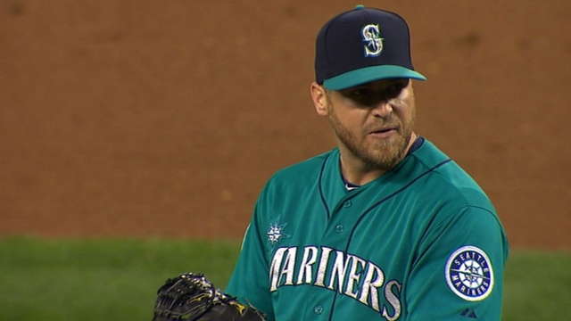 Mariners avoid arbitration with reliever Kelley