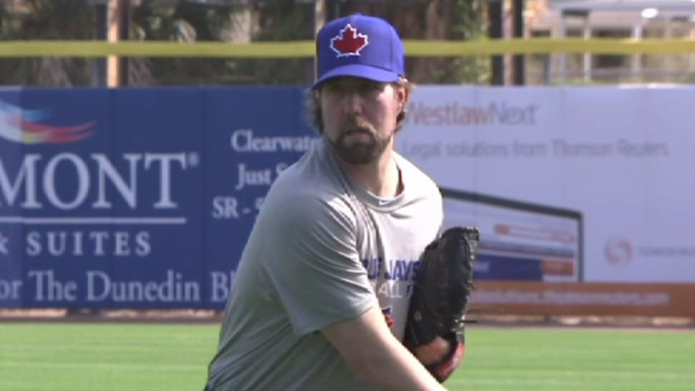 Dickey baffles teammates in first live session
