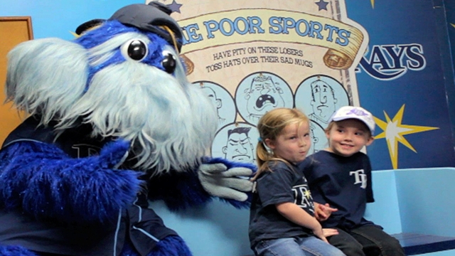 Rays fans flock to Tropicana Field for Fan Fest