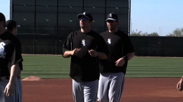 Future uncertain, Konerko living in the present