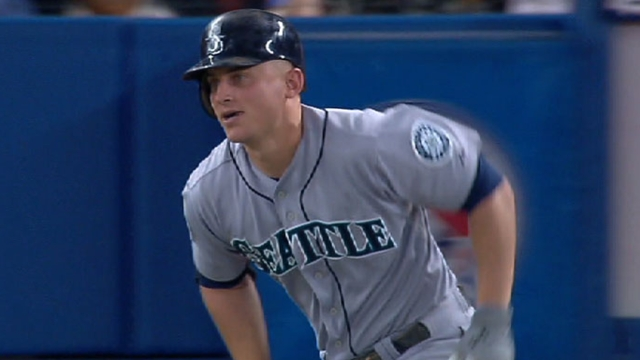 Seager among 10 inked to 2013 contracts