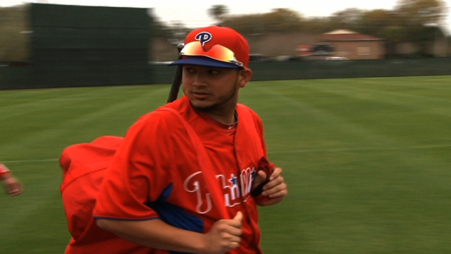 Galvis tries to move past injury, suspension