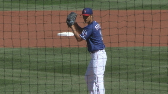 Darvish is flawless in Cactus League debut