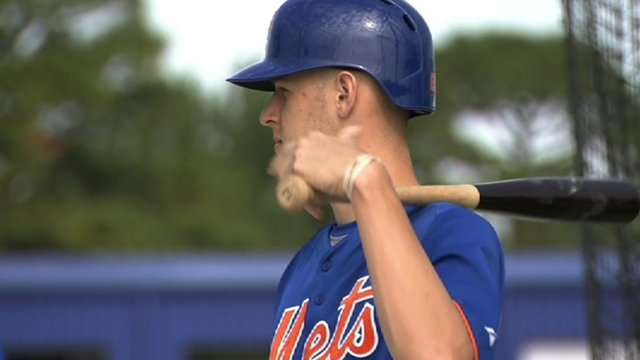 Mets scratch Wheeler following oblique injury