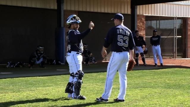 Split-squad Padres show moxie against A's