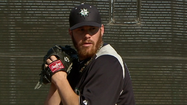 Beavan survives 'fiesta' of a day in long outing