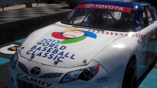 World Baseball Classic sponsors car in NASCAR race