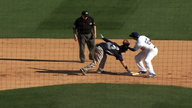 Padres hit seven doubles in win over Dodgers