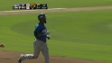 Reyes&#039; two-run dinger