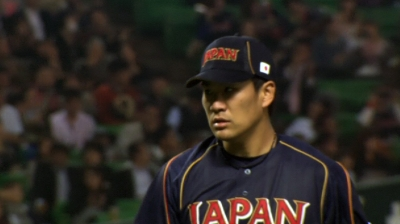 After unbeaten streak ends, Tanaka's save secures title