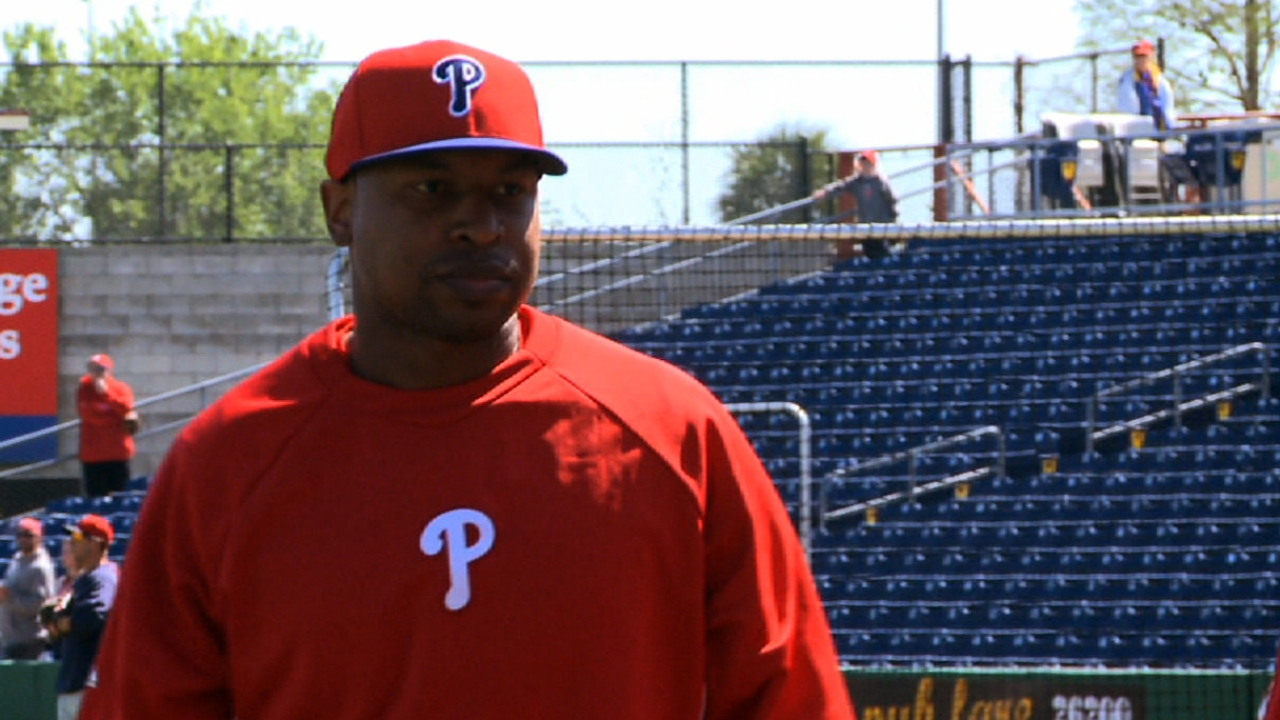Delmon picks up the pace in rehab program