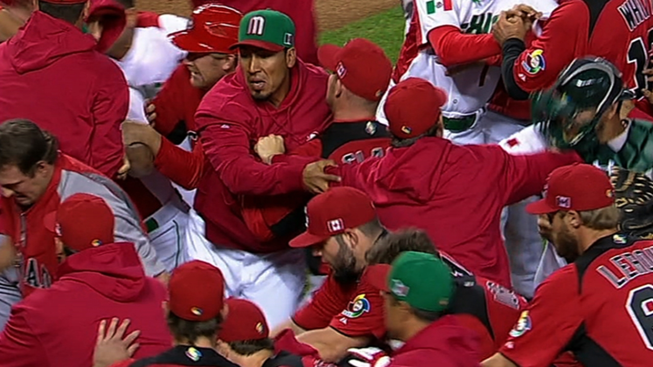 Benches clear after Canada-Mexico plunking
