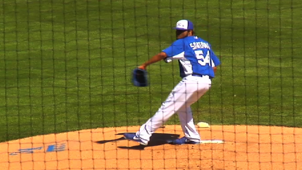 Santana delivers sharp outing as Royals roll