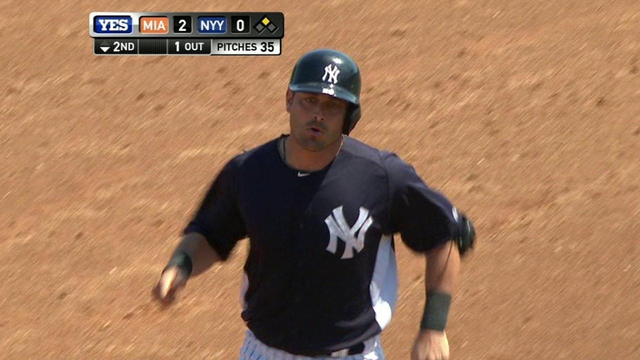 Girardi pondering how to split catching duties