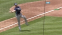 Longo&#039;s barehanded play