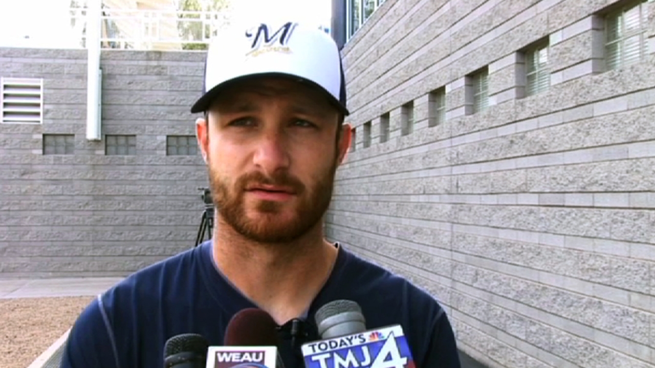 Lucroy searching for comfort at plate
