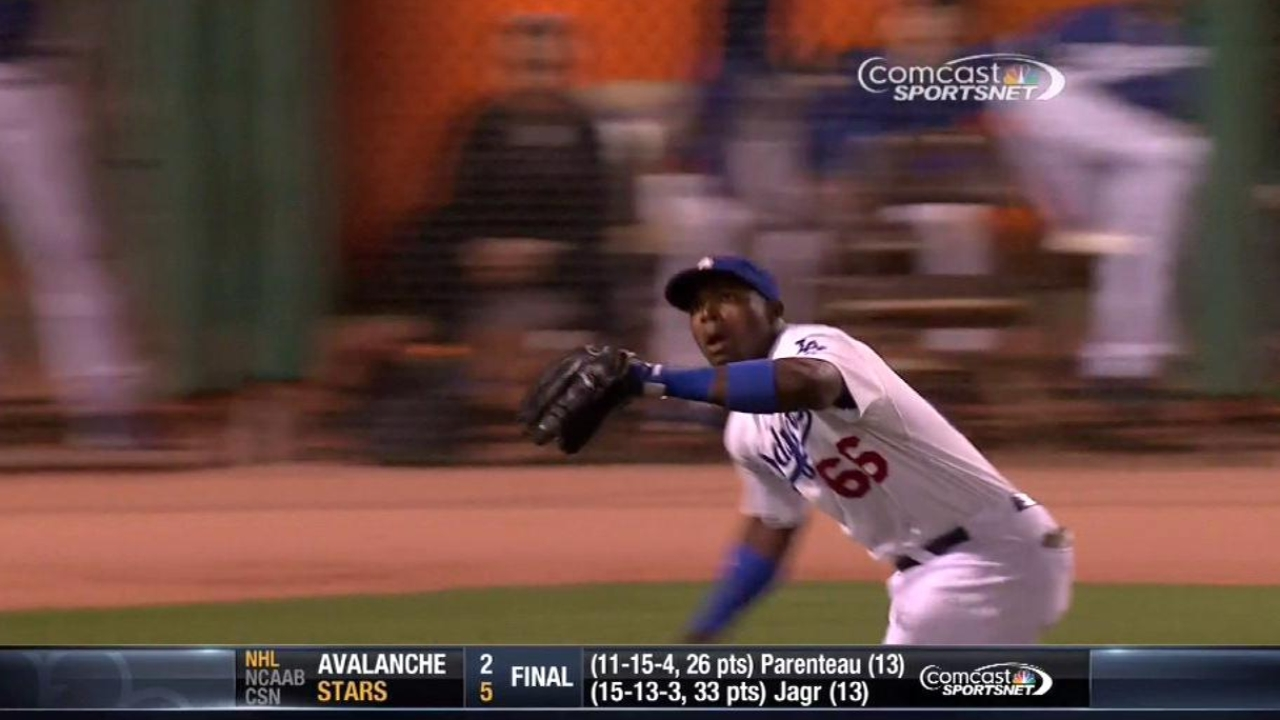 Puig, 10 for his last 11, leads Dodgers' rout