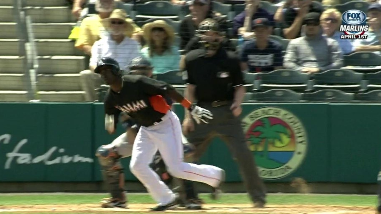 Hechavarria, Brantly pace Marlins' offense in loss