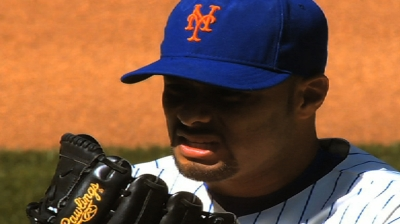 Mets consider bringing back Johan in 2014