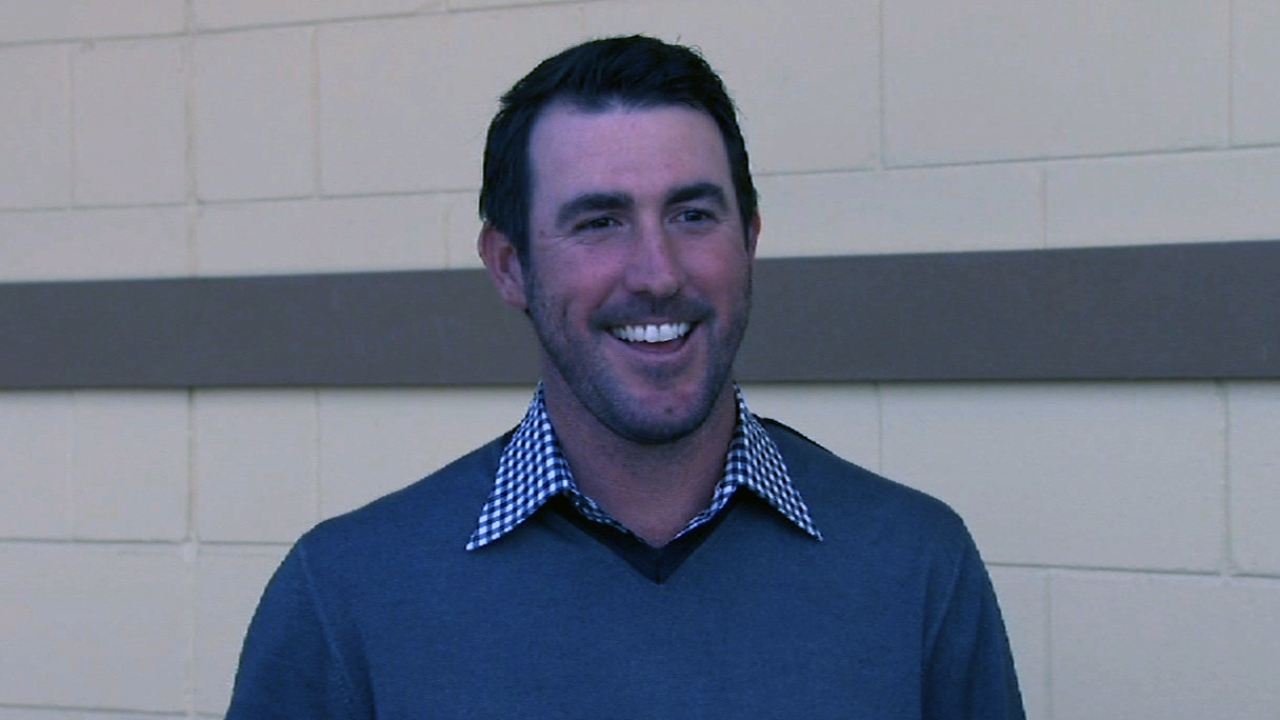 Verlander agrees to record five-year extension