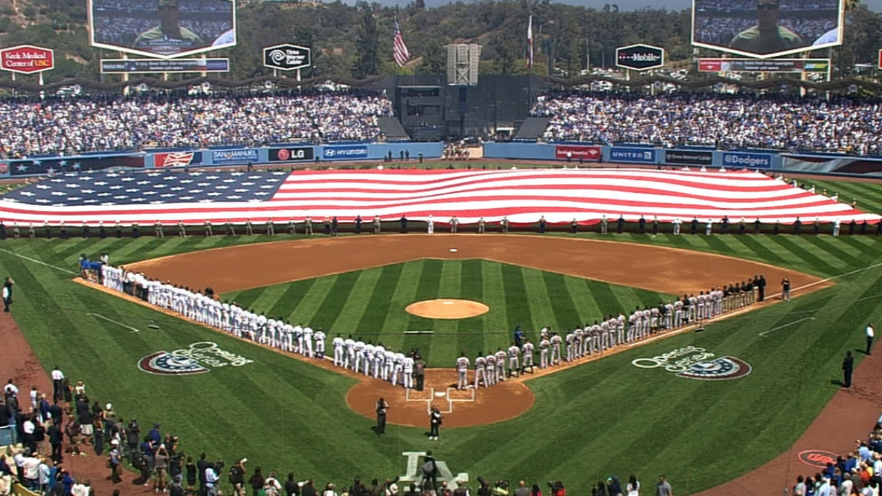 Dodgers honor championship teams on Opening Day