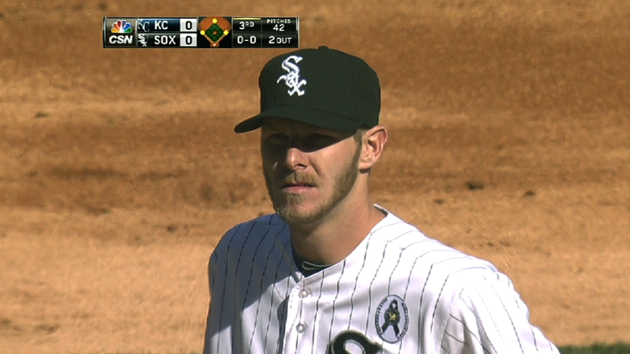 Sale pitches White Sox to Opening Day win