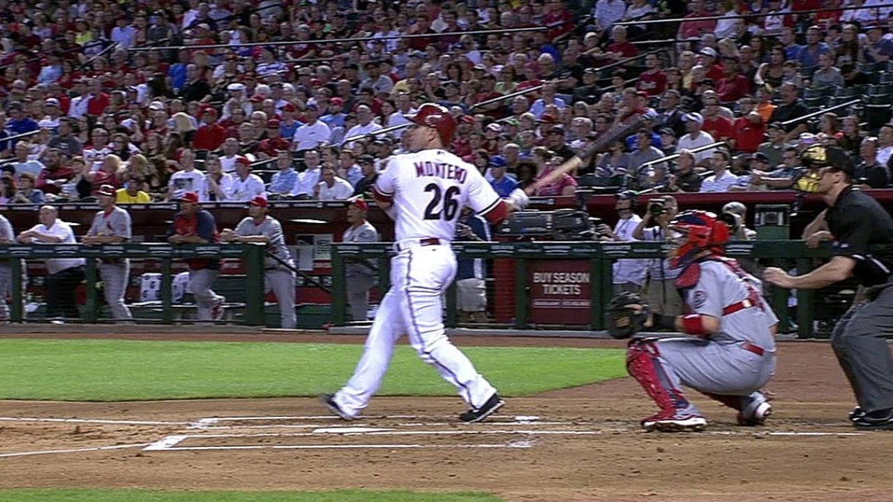 D-backs' mojo swatted away by Cards