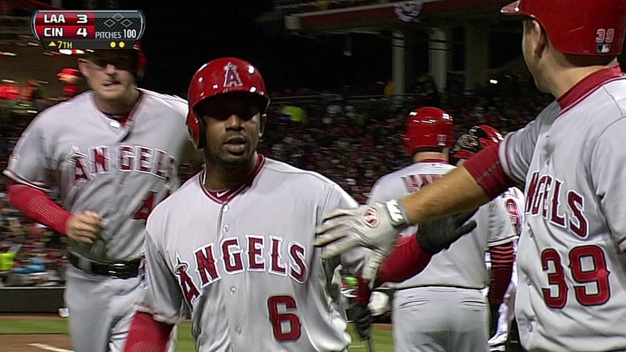 Callaspo strains calf, limiting depth on Angels' infield