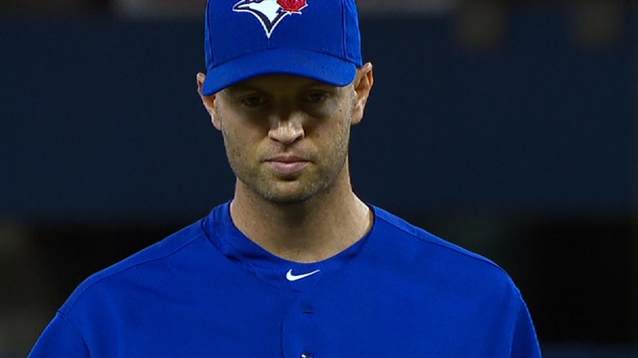 Behind effective changeup, Happ dominates Sox