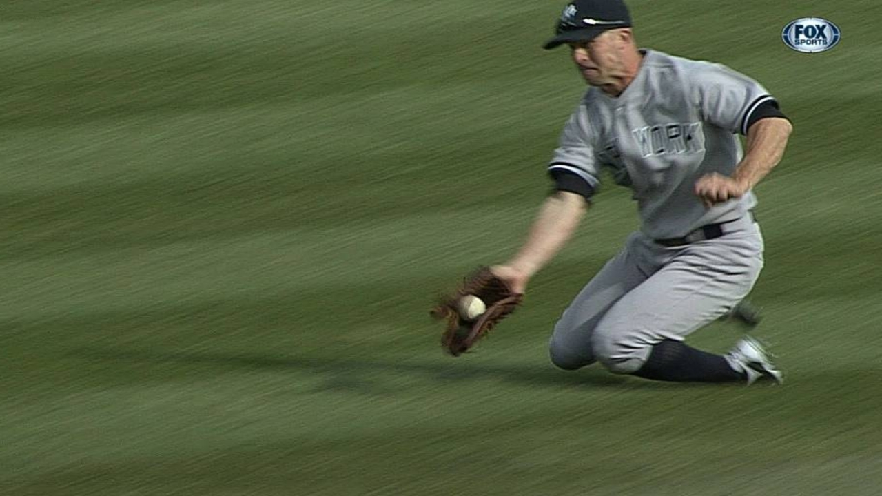 Yankees can't rally for Hughes, ineffective 'pen