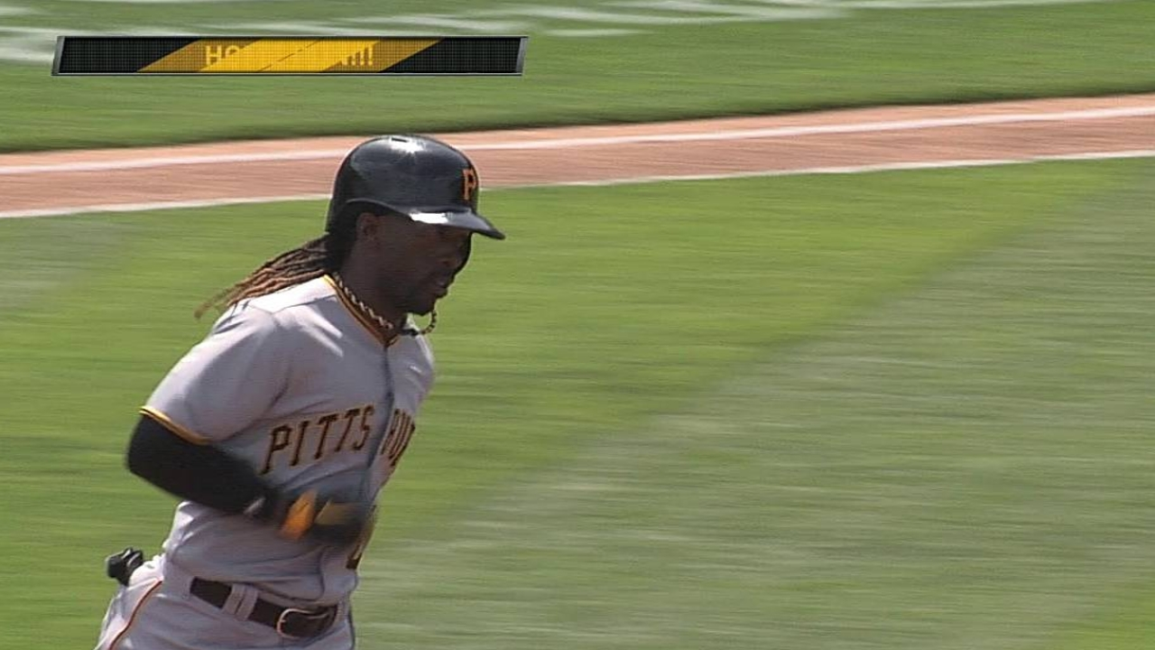 McCutchen's blast not enough to flip script in LA