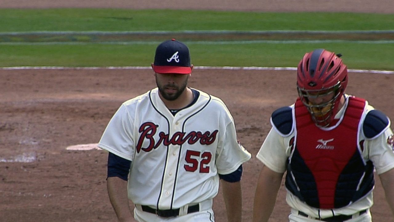 Braves' bullpen forging along despite injuries