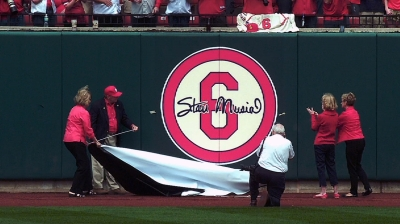 Cardinals dedicate Friday's game to Musial