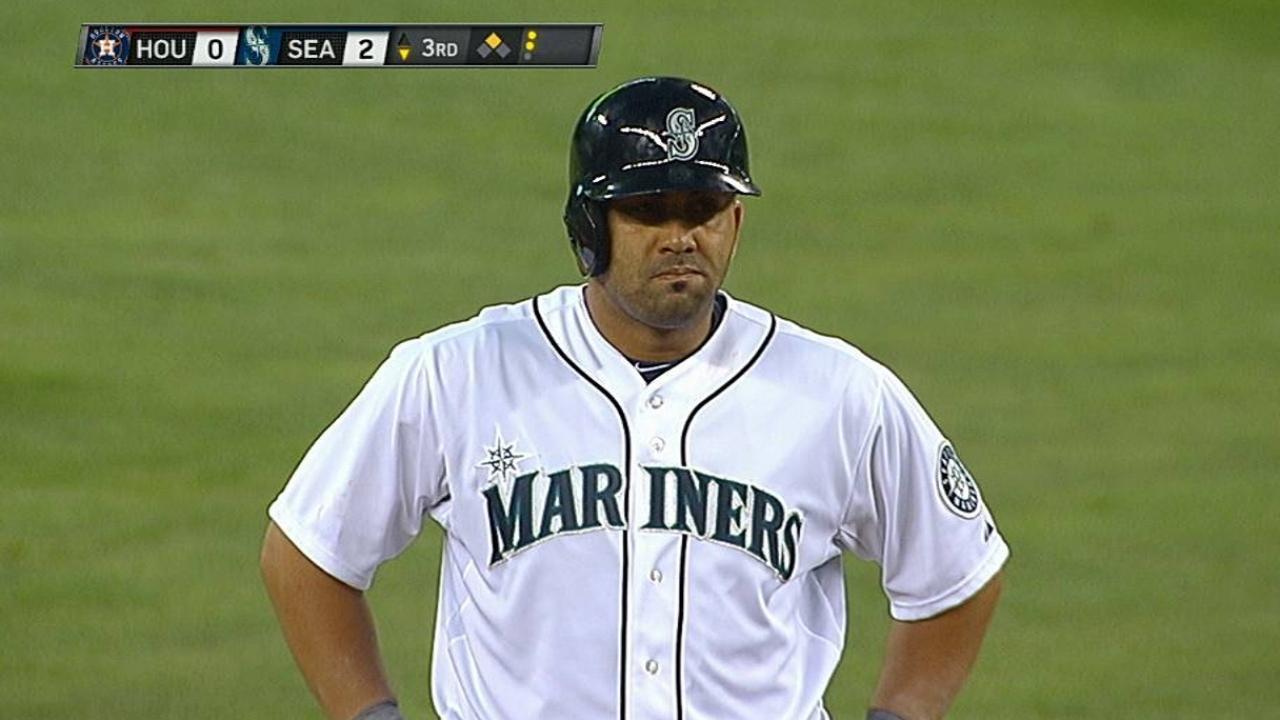Kendrys, Saunders hundieron a Astros en Seattle