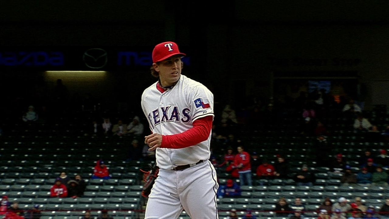 Rangers mulling rotation order for Cubs series