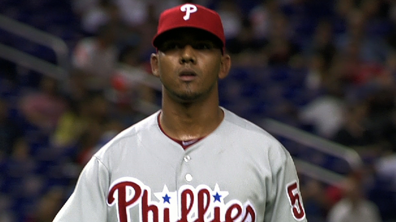 Phils take full-season approach with Adams, Bastardo