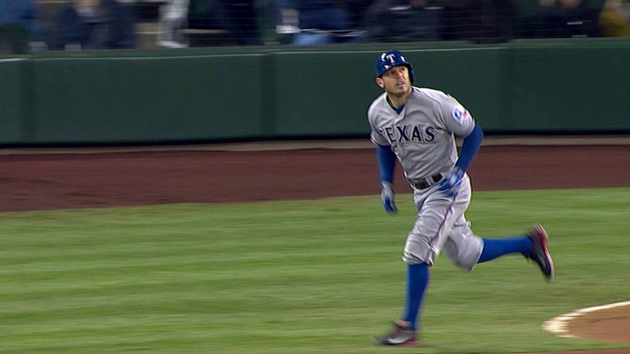 Darvish solid, but remains winless at Safeco