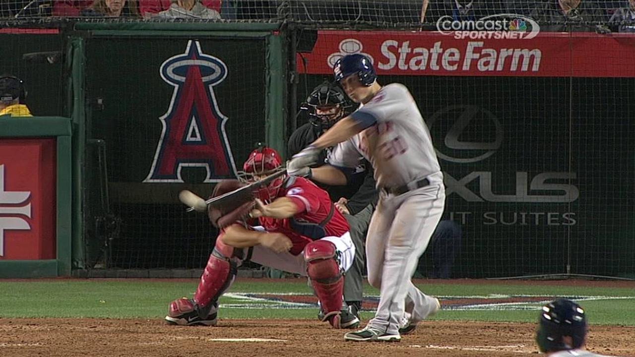 Astros dan la batalla pero son derrotados por Pujols