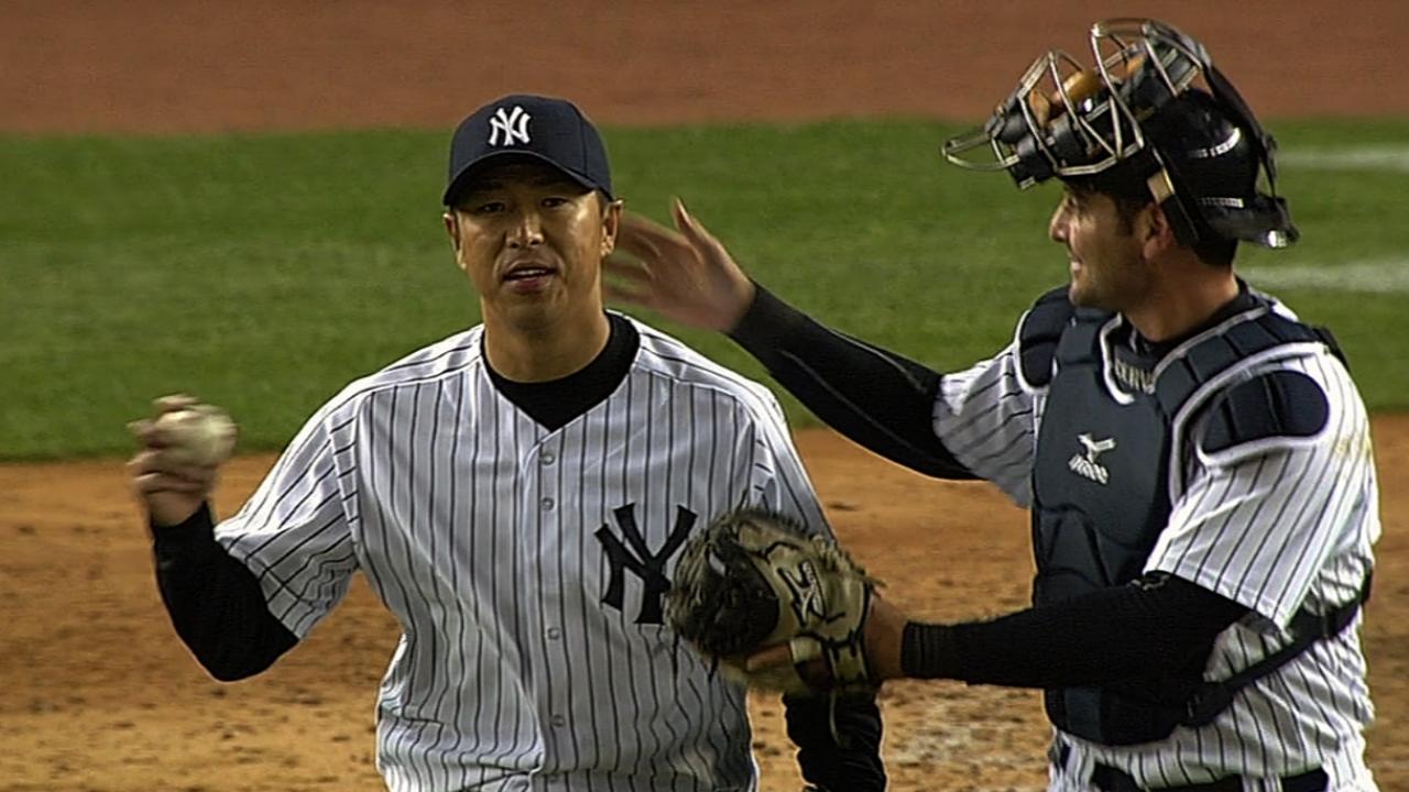 Masterful Kuroda gets help from Gardner's bat